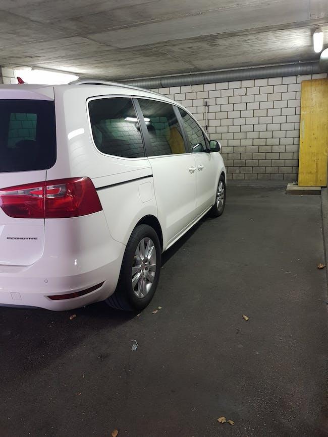 SEAT Alhambra 2.0 TDI EcoM Reference 7 Plätzer mit Panoramadach 147'850 km CHF13'999 - buy on carforyou.ch - 1