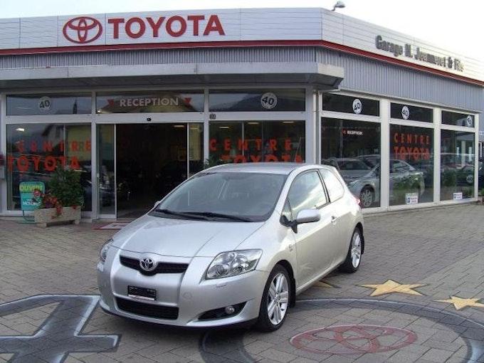 Toyota Auris 2.2 D-4D CleanPower Linea Sol Premium 25'000 km CHF14'700 - kaufen auf carforyou.ch - 1
