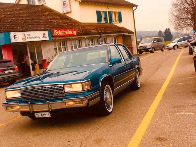 Cadillac Fleetwood d'Elegance 120'000 km 9'800 CHF - kaufen auf carforyou.ch - 1