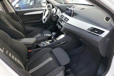 BMW X1 xDrive 18d Sport Line 37'300 km CHF27'800 - buy on carforyou.ch - 3