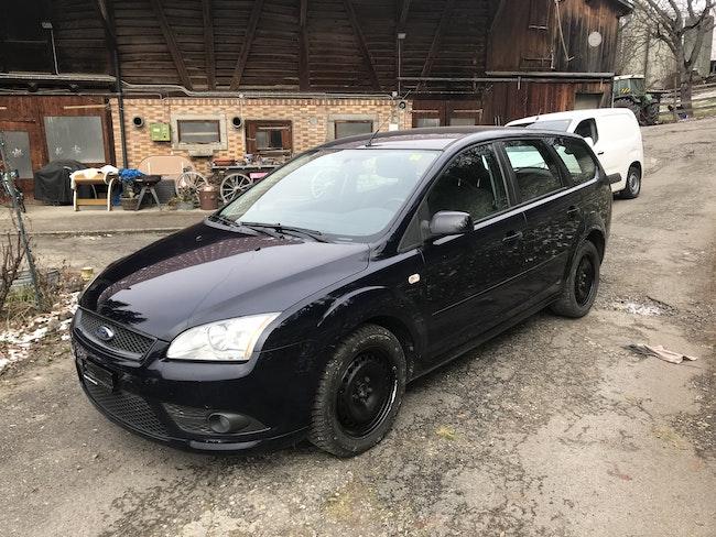 estate Ford Focus Kombi 1.6 16V TDCi DPF Carving