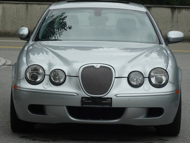 Jaguar S-Type 4.2 V8 S/C R 192'000 km CHF6'400 - acheter sur carforyou.ch - 1