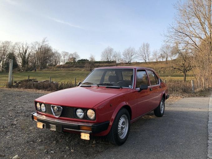 Alfa Romeo Alfetta 2.0L 250'000 km CHF14'900 - acquistare su carforyou.ch - 1