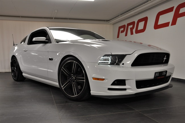 coupe Ford Mustang 5.0 V8 GT/CS Special Edition