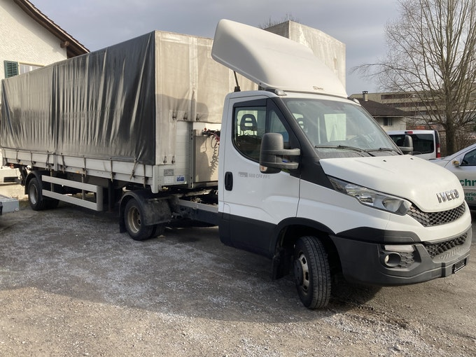 Iveco Daily / Turbo Daily 50 C 17 P  Sattelschlepper 191'000 km 36'400 CHF - acquistare su carforyou.ch - 1