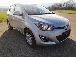 Hyundai i20 1.4 Swiss Plus Edition 52'000 km 8'600 CHF - acheter sur carforyou.ch - 2