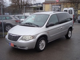Chrysler Voyager 3.3 LX Lipton Edition 171'000 km CHF4'800 - buy on carforyou.ch - 2