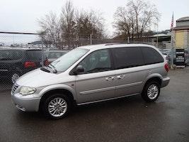 Chrysler Voyager 3.3 LX Lipton Edition 171'000 km CHF4'800 - buy on carforyou.ch - 3