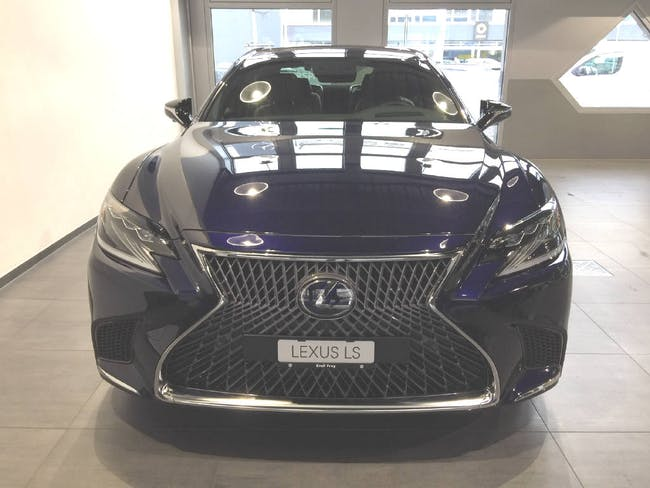 Lexus LS 500h Excellence AWD 23'950 km CHF131'690 - buy on carforyou.ch - 1