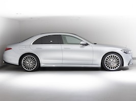 Mercedes-Benz S-Klasse S 500 4Matic AMG Line 9G-Tronic 50 km 180'000 CHF - buy on carforyou.ch - 3