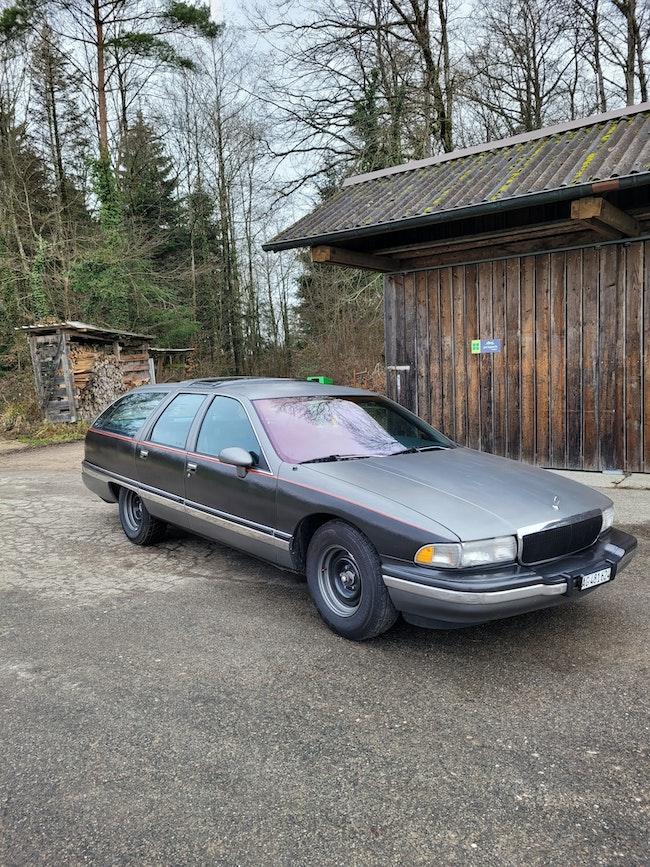 Buick Roadmaster 8 Plätzer V8 mit MFK 300'000 km 6'000 CHF - buy on carforyou.ch - 1