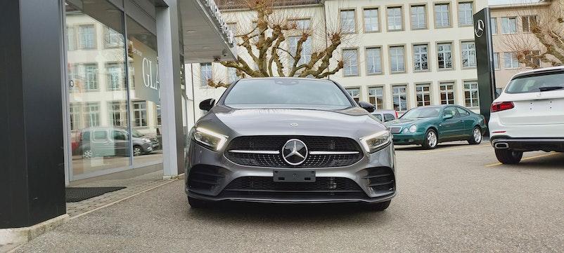 Mercedes-Benz A-Klasse A 180 AMG Line 7G-DCT 32 km 46'900 CHF - buy on carforyou.ch - 1