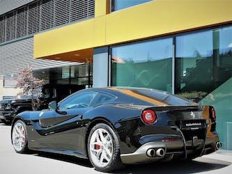 Ferrari F12 Berlinetta 8'900 km CHF219'900 - kaufen auf carforyou.ch - 2