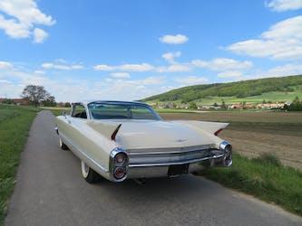 Cadillac Deville DEVILLE 85'000 km CHF32'800 - acquistare su carforyou.ch - 2