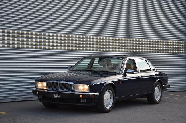 Daimler Double Six 6.0 Double Six 44'900 km CHF19'900 - kaufen auf carforyou.ch - 1