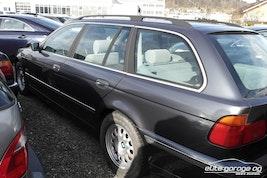 BMW 5er 523i Touring 112'300 km CHF6'800 - kaufen auf carforyou.ch - 3