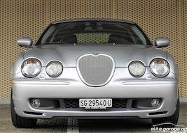 Jaguar S-Type 4.2 V8 S/C R 32'900 km CHF19'800 - buy on carforyou.ch - 2
