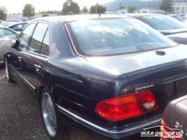Mercedes-Benz E-Klasse E 50 AMG Avantgarde 70'700 km CHF16'800 - buy on carforyou.ch - 3
