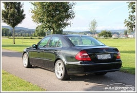 Mercedes-Benz E-Klasse E 500 Avantgarde 29'500 km CHF19'800 - buy on carforyou.ch - 3