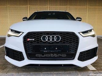 Audi S6 / RS6 RS6 Avant 4.0 TFSI V8 performance quattro 30'500 km CHF109'800 - acheter sur carforyou.ch - 2