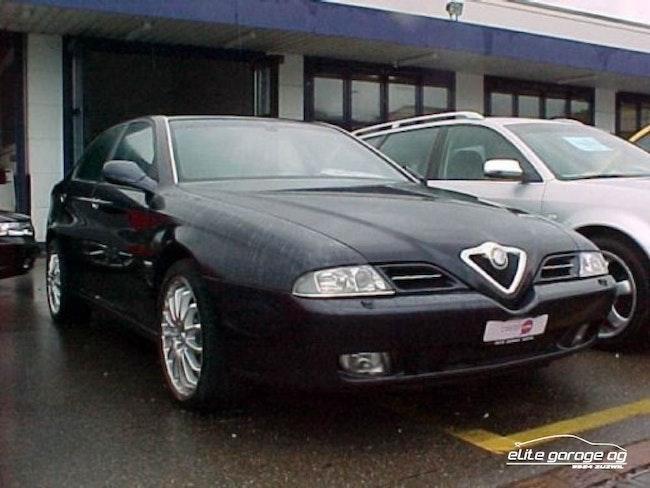 Alfa Romeo 166 3.0 V6 24V Super 56'400 km 9'800 CHF - buy on carforyou.ch - 1