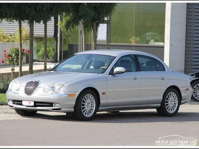 Jaguar S-Type 4.0 V8 69'200 km CHF9'800 - buy on carforyou.ch - 1