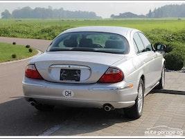 Jaguar S-Type 4.0 V8 69'200 km CHF9'800 - buy on carforyou.ch - 2