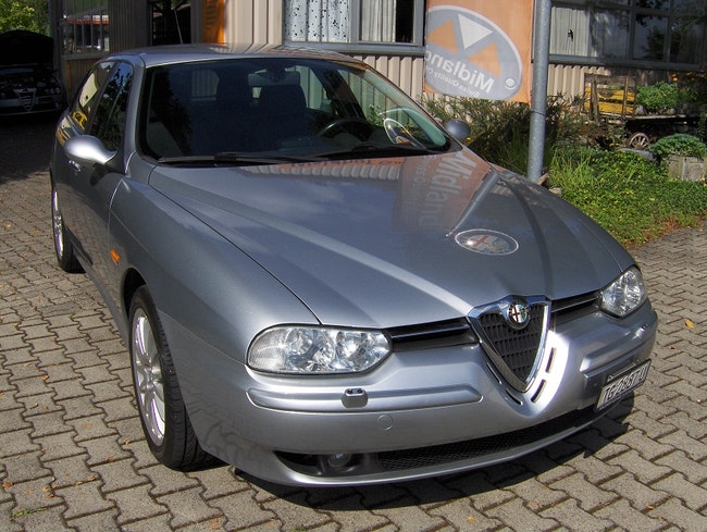 Alfa Romeo 156 Sportwagon 2.0 JTS Distinctive 86'000 km CHF7'700 - buy on carforyou.ch - 1