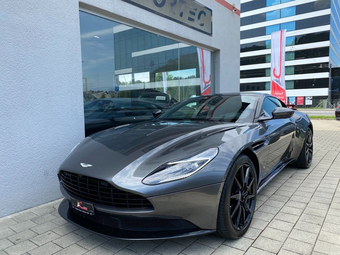 Aston Martin DB11 V12 Launch Edition Touchtronic 3 33'400 km CHF149'800 - buy on carforyou.ch - 1