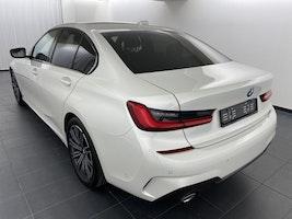 saloon BMW 3er 320i xDrive M Sport