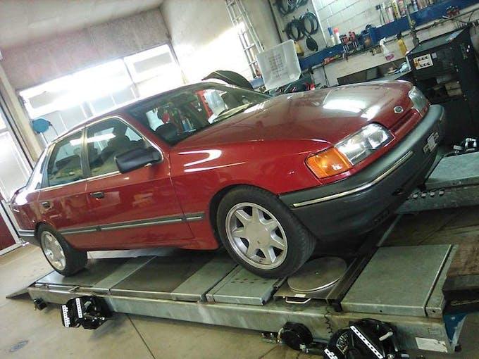Ford Scorpio Ford Scorpio 300'000 km CHF2'500 - acquistare su carforyou.ch - 1