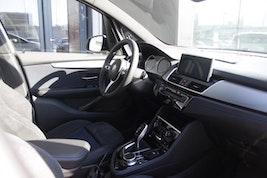 BMW 2er 220 Gran Tourer 220d xDrive GranT M Sport 20'000 km 39'900 CHF - acheter sur carforyou.ch - 3