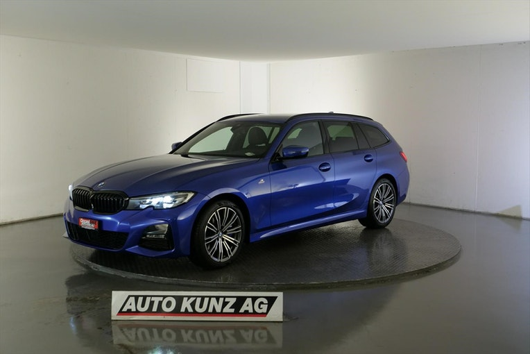 estate BMW 3er 330 i xDriveTouring M-Sport Automat