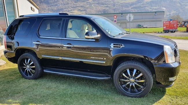 Cadillac Escalade 6.2 Sport Luxury 163'000 km CHF19'900 - buy on carforyou.ch - 1