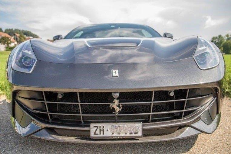 Ferrari F12 Berlinetta 31'000 km CHF199'800 - kaufen auf carforyou.ch - 1