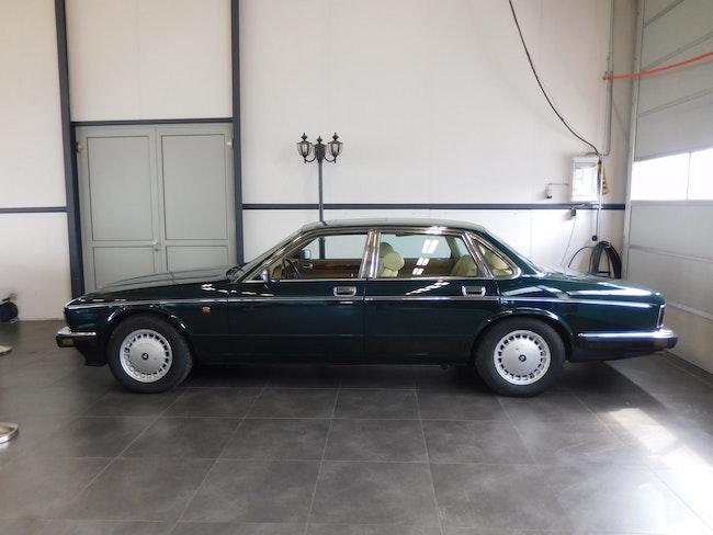 Daimler Daimler Six 4.0 134'000 km CHF9'600 - kaufen auf carforyou.ch - 1
