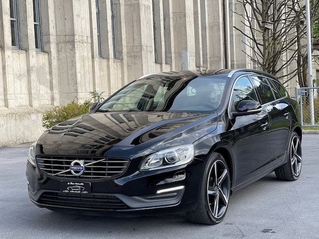 estate Volvo V60 D4 Momentum Dynamic Edition Geartronic