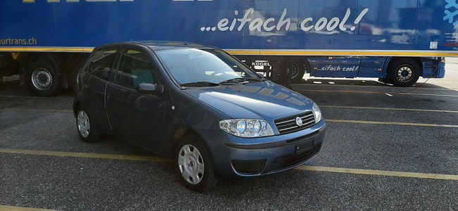 saloon Fiat Punto 1.2 Active
