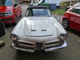 Alfa Romeo 2000 Touring Spider 2000 141'775 km CHF44'000 - buy on carforyou.ch - 2