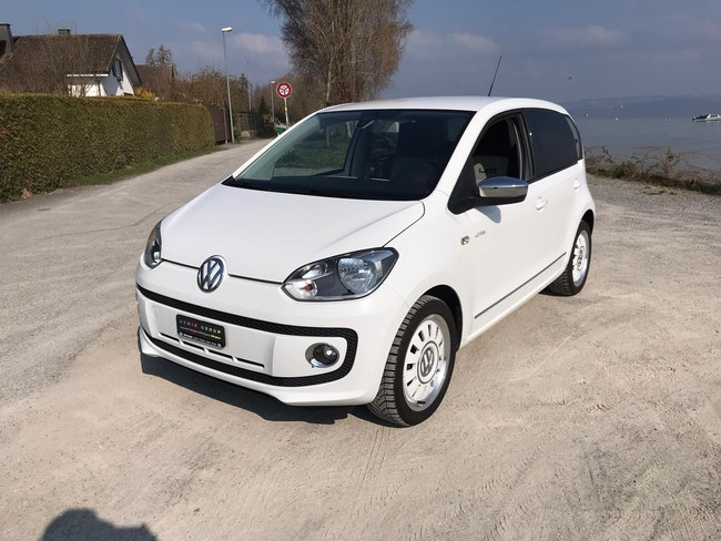 saloon VW Up 1.0 MPI 75 Art on Ice