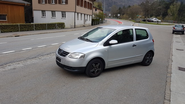saloon VW Fox 1.2 60