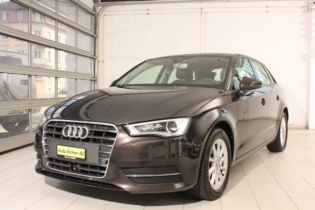 saloon Audi A3 Sportback 2.0 TDI 150 Attraction