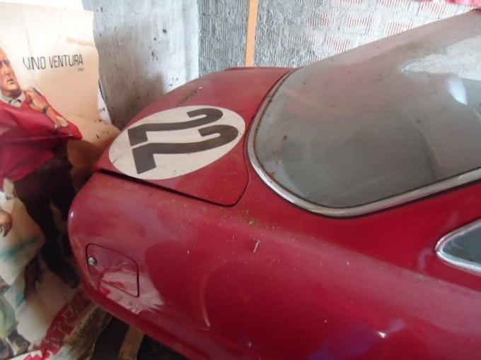 Alfa Romeo 2600 Sprint 104'000 km CHF38'000 - kaufen auf carforyou.ch - 1