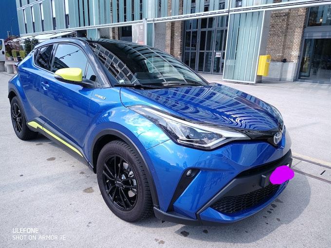 Toyota C-HR hybrid 3 Monate jung 10'000 km 38'999 CHF - acheter sur carforyou.ch - 1
