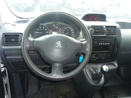 Peugeot Expert 2.0 HDi 229 L2H1 157'000 km 6'900 CHF - kaufen auf carforyou.ch - 3