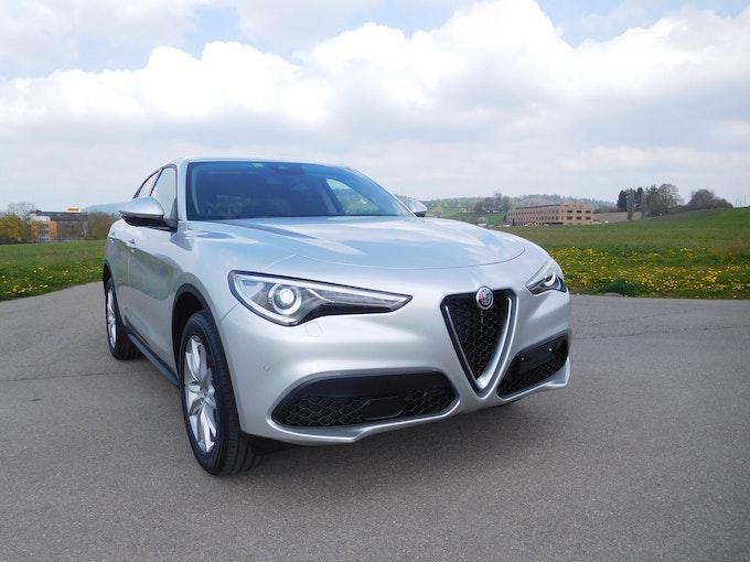 Alfa Romeo Stelvio 2.2 JTDM Business Q4 Automatic Q4 100 km 39'950 CHF - kaufen auf carforyou.ch - 1
