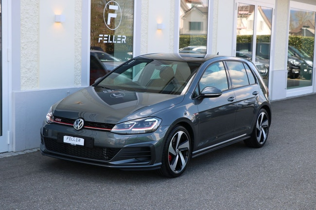saloon VW Golf 2.0 TSI GTI Performance DSG