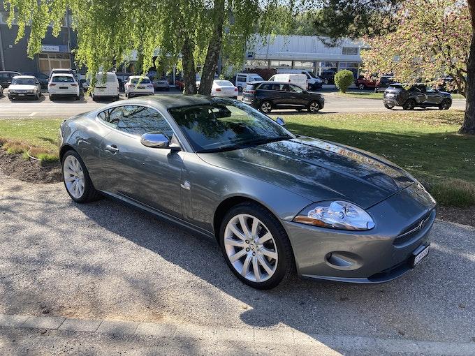 Jaguar XK Coupé 4.2 V8 78'547 km 21'900 CHF - kaufen auf carforyou.ch - 1