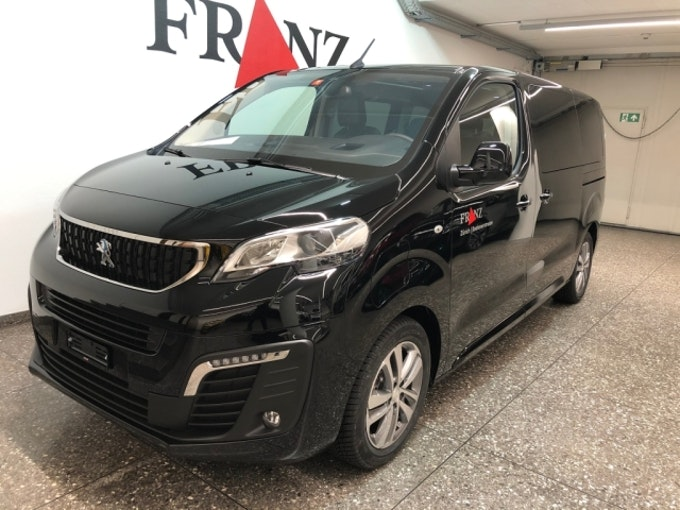 Peugeot Traveller eTraveller50 Allure Stand 1'000 km 49'900 CHF - buy on carforyou.ch - 1