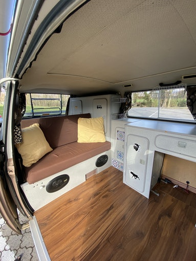VW Typ 2 Bus T3 Typ2 Caravelle Camper - Top Zustand, frisch ab MFK 250'000 km 19'500 CHF - buy on carforyou.ch - 1
